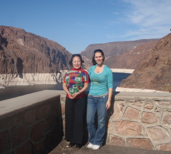 Miriam Delicado and Princess Kaoru Nakamaru at Hover Dam 2009
